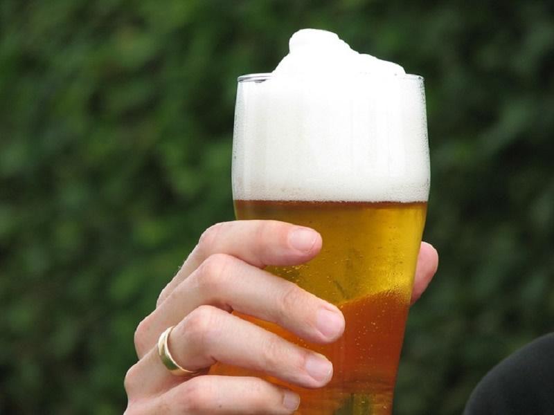 bustle_beer